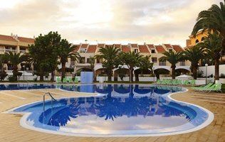 Schwimmbad Coral Compostela Beach Hotel