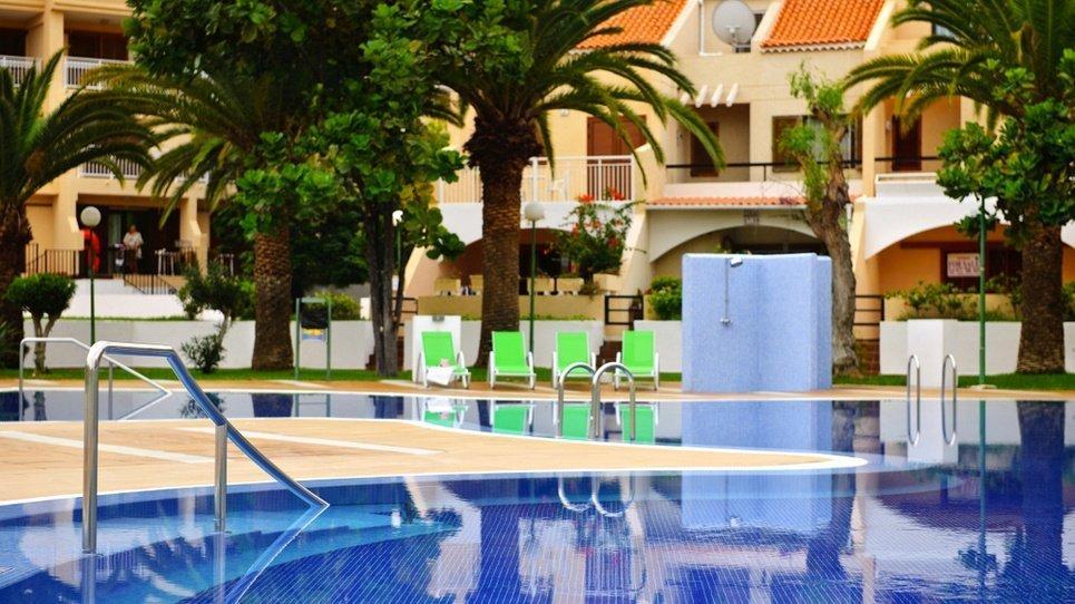 POOL FÜR ERWACHSENE Coral Compostela Beach Hotel