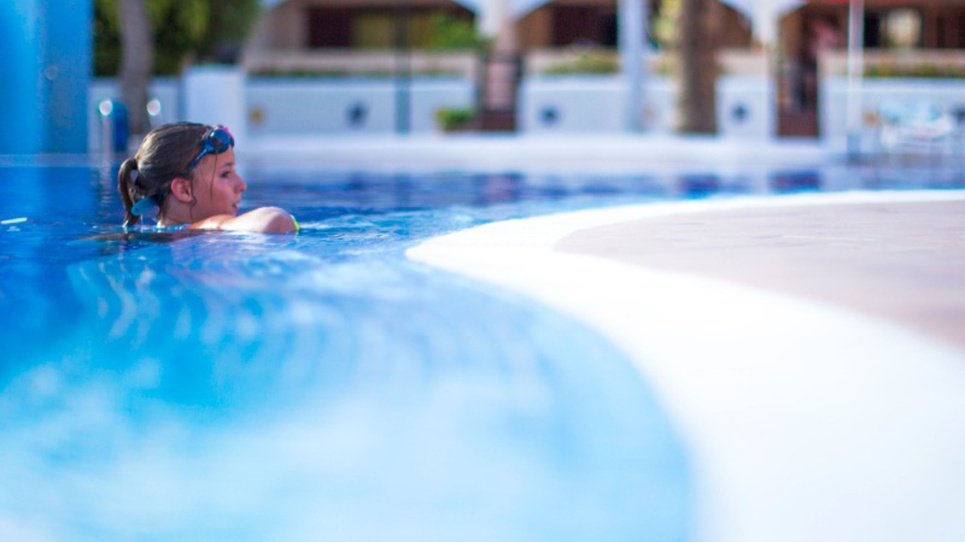 KINDERPOOL Coral Compostela Beach Hotel